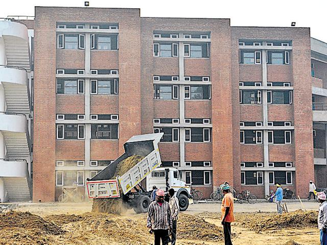 UT had spent around Rs 11 crore on the construction of the school building and a community centre on 3.5 acres of land acquired in 2003 to expand the second phase of IT park. HT File