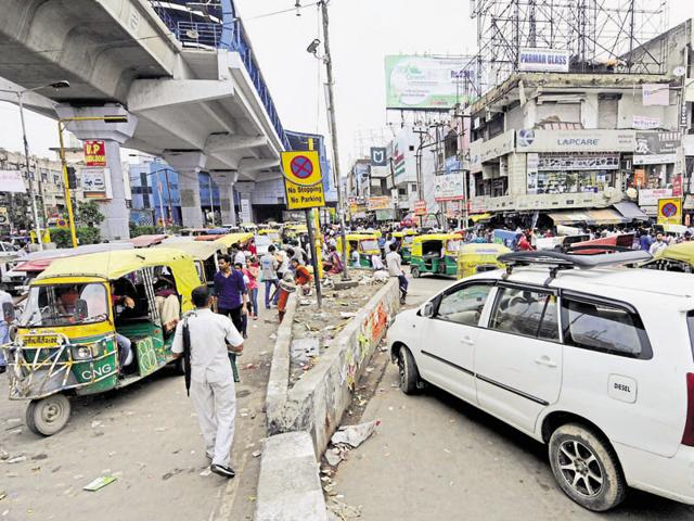 The condition worsens on weekends when a large number of residents from NCR come to the area to visit  GIPMall, DLFMall, Sector 18 market and Atta market in their cars.