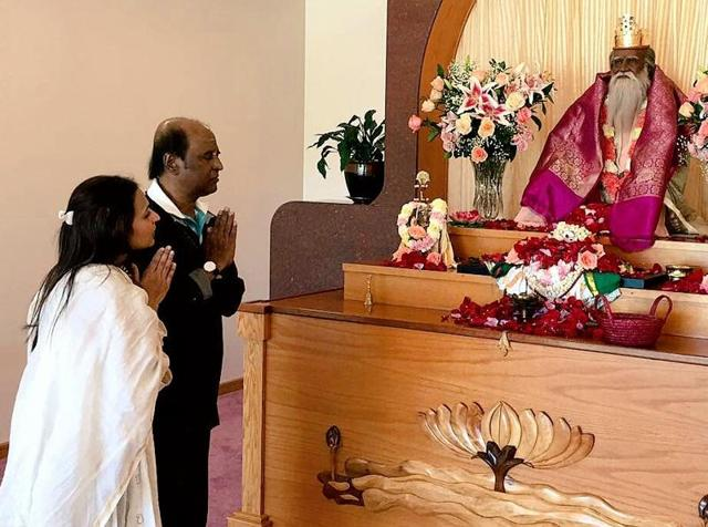 Rajinikanth looked fit when he visited Satchidananda Ashram in Virginia, US.