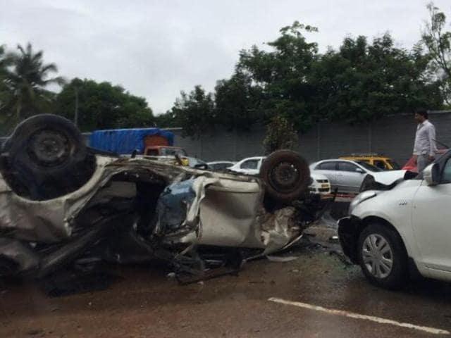 Accident on freeway,Chembur,Traffic block