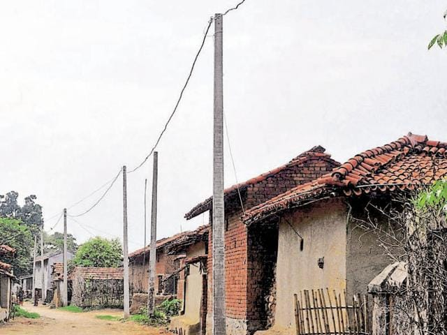 Power reached every house at Mohlidih partly through a rural electrification scheme.