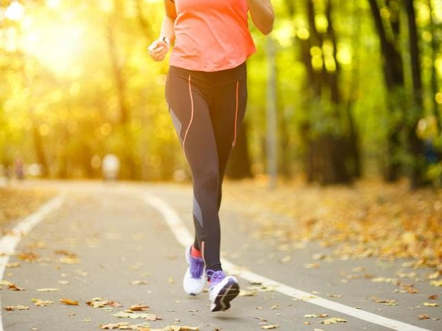 Moderate-intensity exercise such as brisk walking burns off fat in the muscles, relieving their block of glucose uptake, say researchers.(Shutterstock)