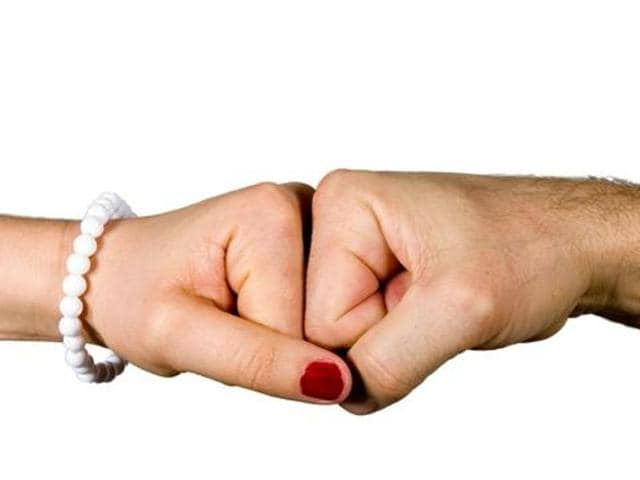 for and against live in relationship debate