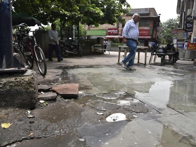 In 2003, the repair work was carried out by the DDA following a direction from the L-G. According to shopkeepers, the market saw proper repair and rehabilitation work almost 13 years ago in 1994.