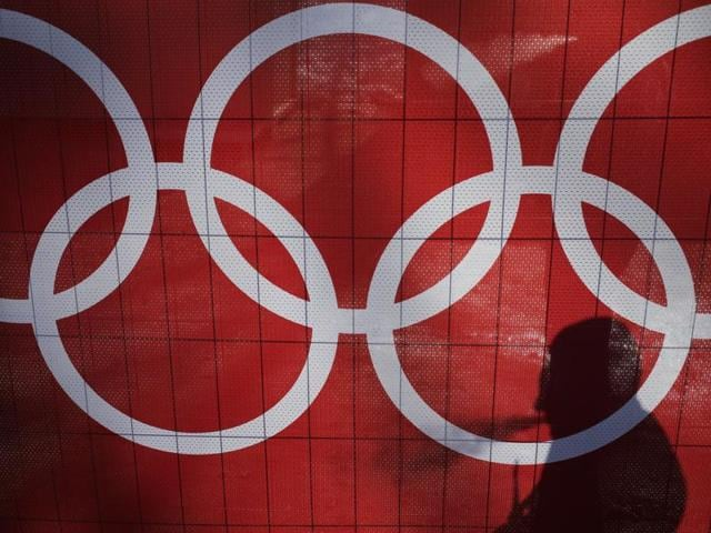 The International Olympic Committee (IOC) is holding emergency talks Tuesday to decide Russia's status for the Rio Olympics.
