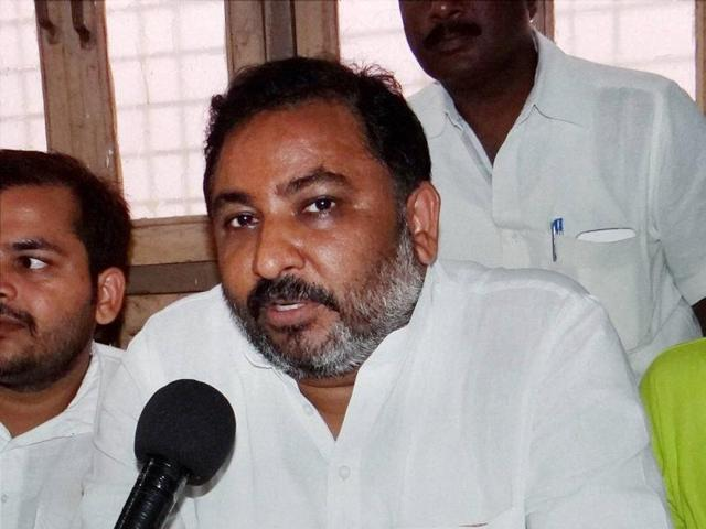 "Daya Shankar Singh called the BSP chief a ""vaishya"" for allegedly selling party tickets to aspiring candidates for next year's state polls."