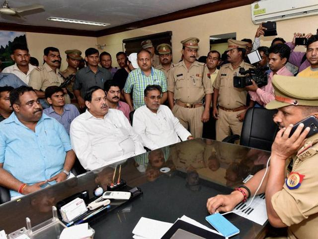 BSP leaders register a complaint against BJP leader Dayashankar Singh for his derogatory remarks against BSP chief Mayawati at the Hazratganj police station in Lucknow.