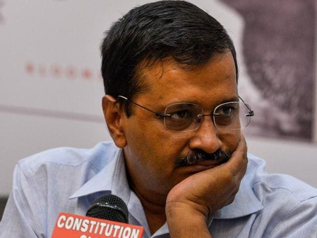 AAP workers commits suicide,Aam Aadmi Party,AAP molestation case