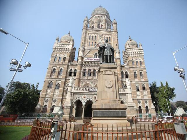 The current decadent system of urban governance gives the mayor a ceremonial post in the Brihanmumbai Municipal Corporation.