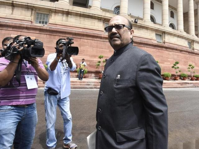 Samajwadi Party leader Amar Singh on Wednesday hit out at the PDP-BJP government in Jammu and Kashmir for its 'failure' on a range of issues.