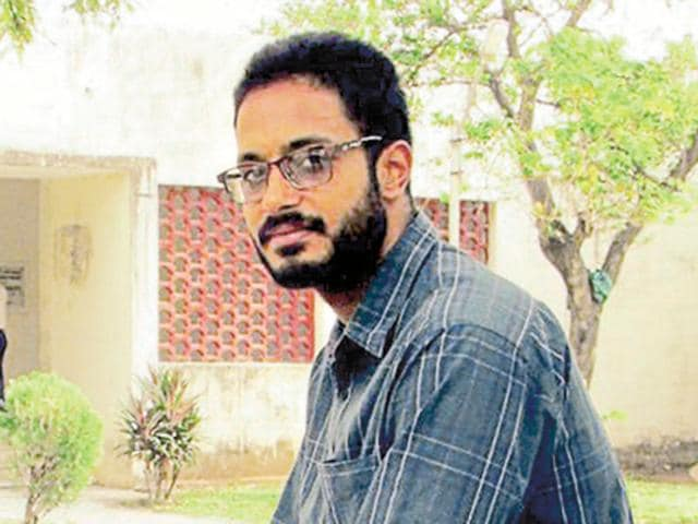 """""""Amol has to stay back and continue his fight for secularism and democratic rights,"""" said Amol's father Jagmohan Singh, who is general secretary of Bhratiya Kisan Union (Dakunda)."""