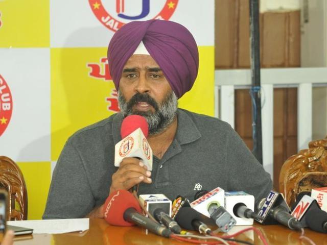 Suspended Akali legislator Pargat Singh addressing the media in Jalandhar on Wednesday.
