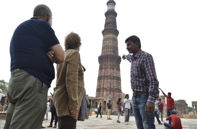 New delhi travel guide, delhi map, tourist spots & delhi food.