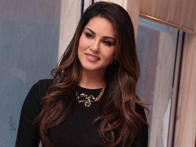 A Delhi resident has filed a police complaint against actor Sunny Leone for singing the national anthem incorrectly at the opening ceremony of the  Pro Kabaddi tournament recently.