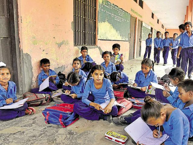 The school, which mostly has students from drug or alcohol-affected families, has 32 boys, 27 girl students and only one teacher, Dharminder Singh, to teach them.
