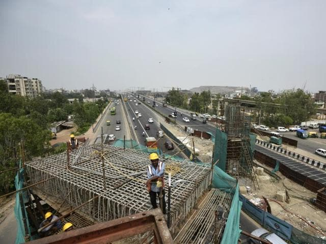 Dismantling pillars and building new ones caused a delay of two years -- when there was literally no work on the sections between Mayur Vihar pocket I and IP Extension station and the IP extension- Vinod Nagar depot.