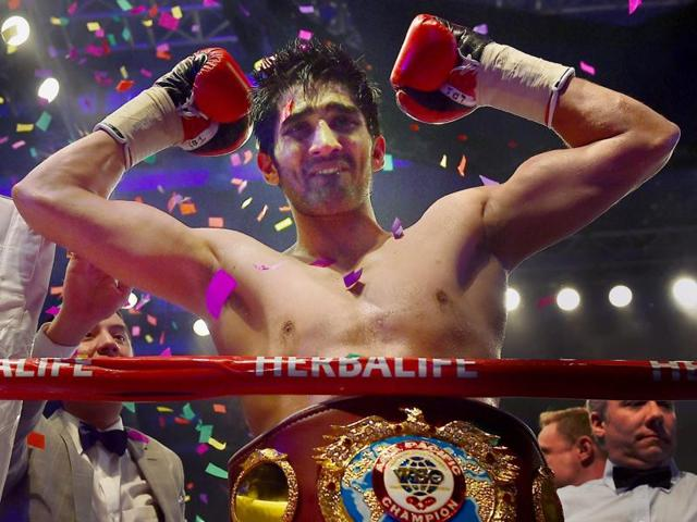 Indian boxer Vijender Singh reacts after winning WBO Asia Pacific Super Middleweight title.(AP Photo)