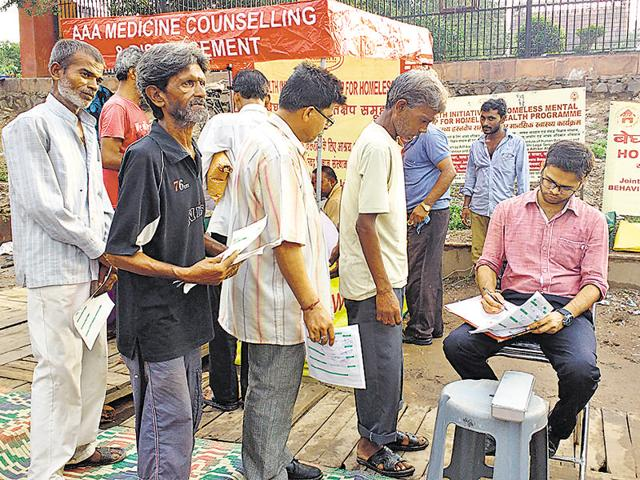 Homeless line-up at the makeshift clinic, run by de-addiction experts from IHBAS, near Jama Masjid.