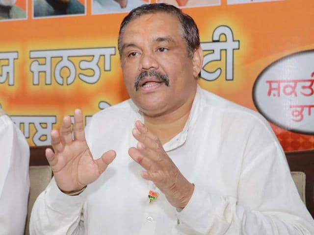 Punjab BJP president Vijay Sampla addressing the media during press conference at BJP office in Sector 37, Chandigarh Sunday.