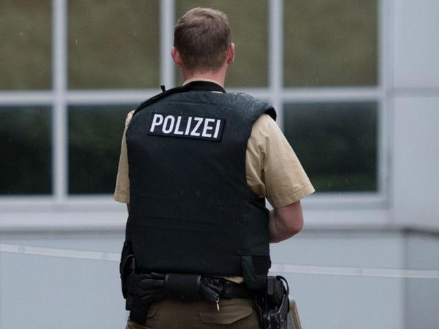 Germany machete attack,Syrian refugee,German police