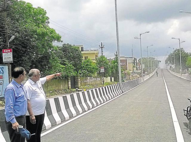 The flyover in Balliwala area in Dehradun that was inaugurated by chief minister Harish Rawat on Monday.