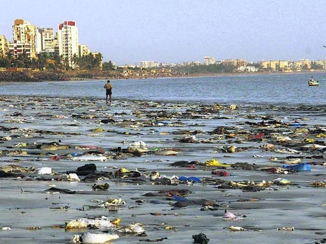 Keep off sand: Here's how dirty Mumbai's beaches are   mumbai news