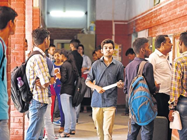 Delhi University has begun its session for all courses.