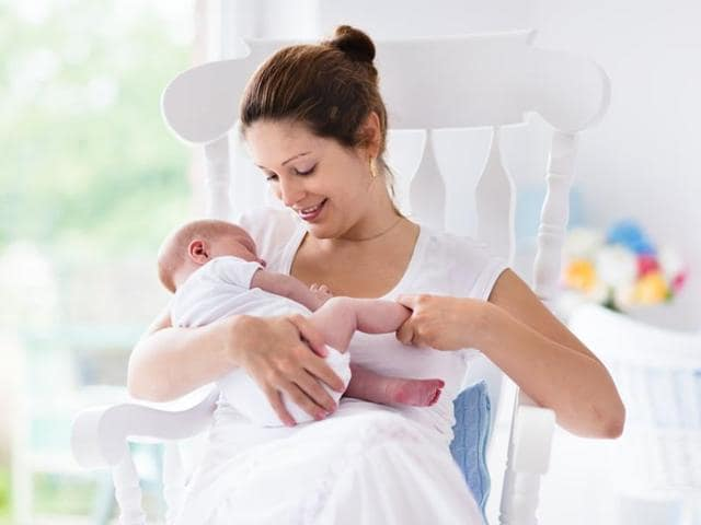 Breastfeeding Premature Babies Protects Them From Infection