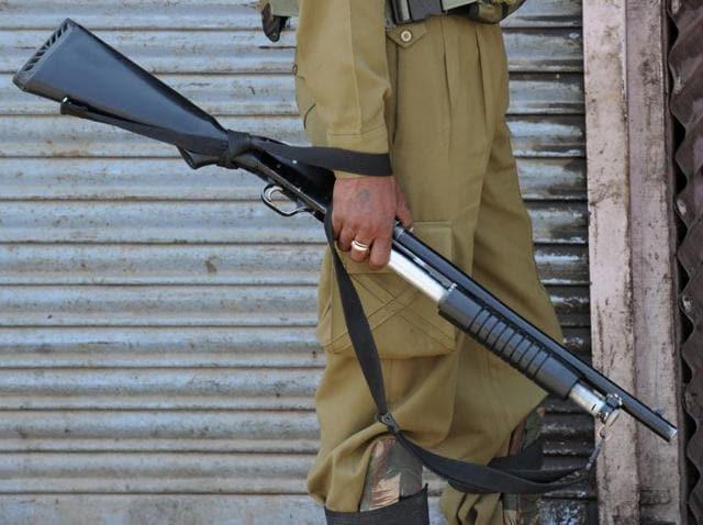 Burhan Muzaffar Wani,Kashmir unrest,pellet guns