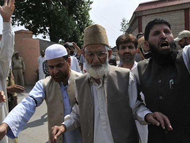 File photo of Kashmiri separatist leader Syed Ali Shah Geelani (Centre).  Geelani says that Hizb commander Burhan Wani spoke to him on phone days before he was shot dead.