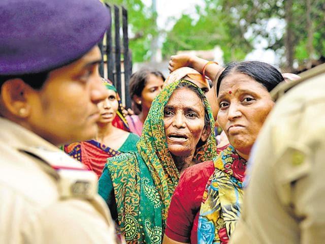 Dalits,Gujarat,Women