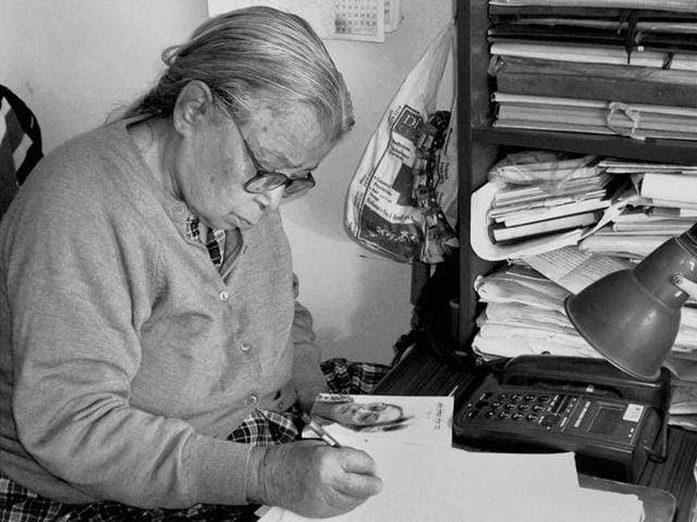 A file Photo of author and social activist Mahasweta Devi, who died in a hospital in Kolkata on Thursday.