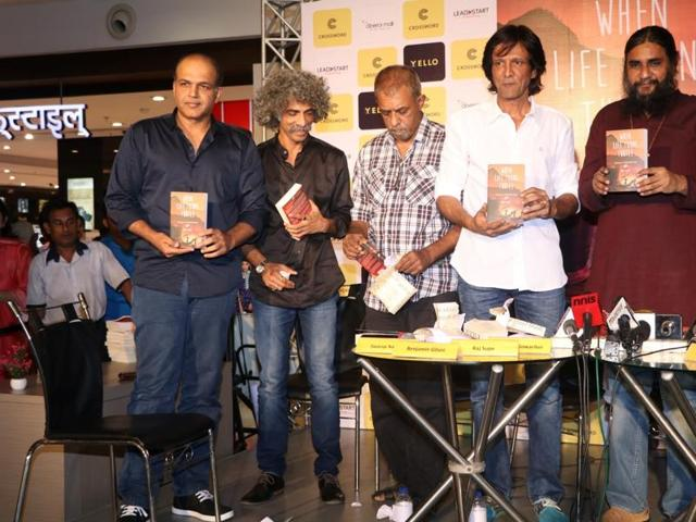 Filmmaker Ashutosh Gowariker, actors Makarand Deshpande, Shivkumar Subramaniam, Kay Kay Menon and author Raj Supe during the book launch.