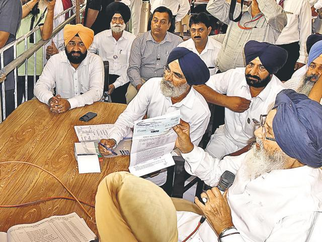 """""""The Congress men were distributing laddus and applauding with joy when the foundation stone of the SYL was laid,"""" Badal said."""