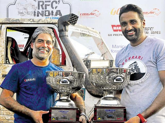Chandigarh's Gurmeet Virdi (left) and co-driver Kirpal Singh to win Force Gurkha RFC India 2016.