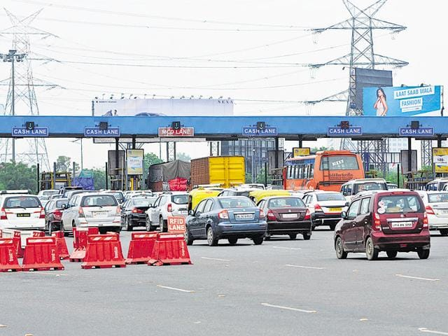 The Supreme court, on June 30, 2016, had directed the high court to either dispose of the petition for removal of toll or order a stay over collection of toll.