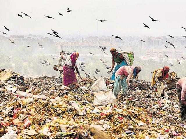 East Delhi on average produces 2,200 tons of waste daily which is dumped at the Ghazipur landfill site.