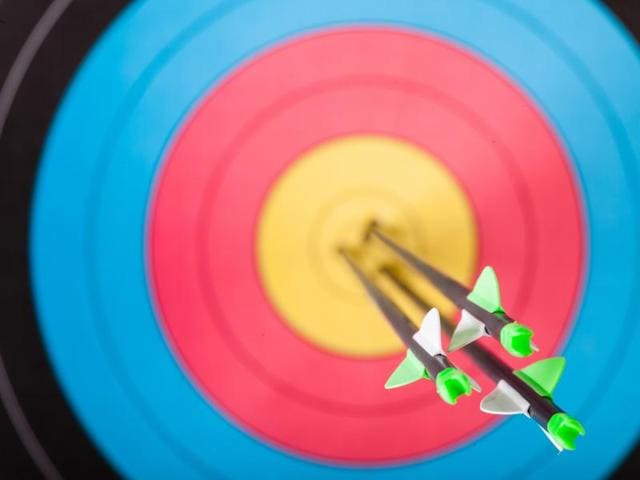 There are four gold medals -- men's and women's individual and team title -- for the hottest shots on the 70 metre range aiming for the 122 centimetre diameter targets.