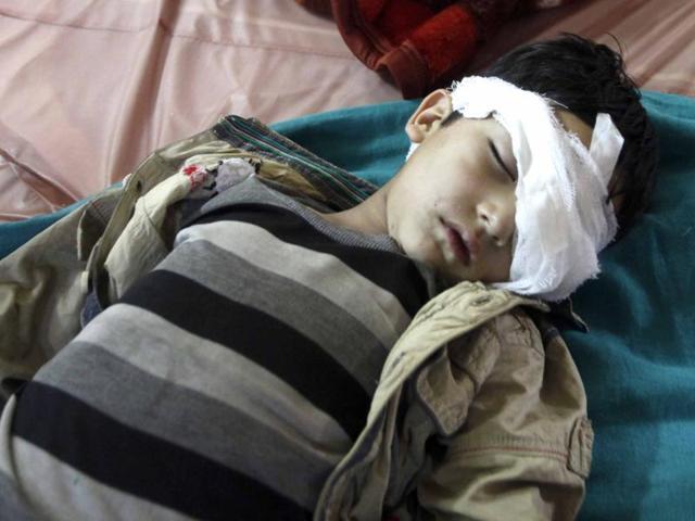 Mumbai's leading eye doctor treats pellet gun victims in Kashmir