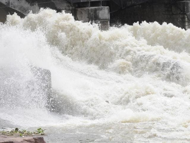 (Representative image)Tamil Nadu chief minister J Jayalalithaa said the government has filed a case in the Supreme Court against Andhra Pradesh's act of raising the height of the check dam across the Palar river.