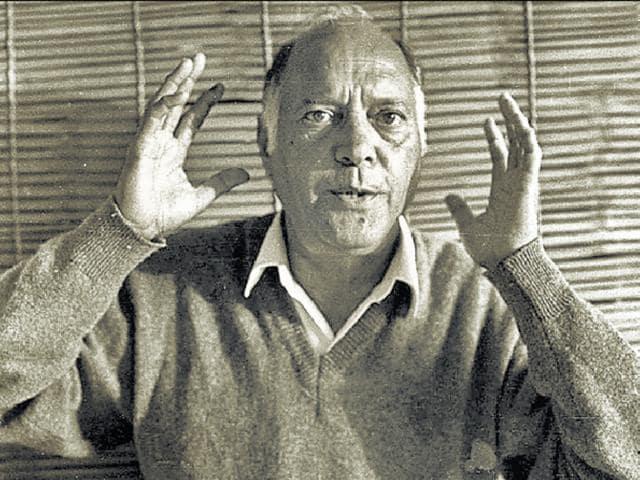 Noted Hindi writer Swadesh Deepak, who was bi-polar, went missing in June 2006.