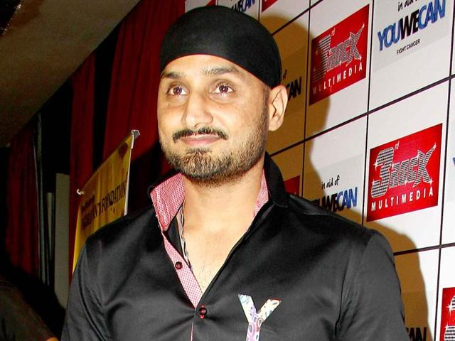 Cricketer Harbhajan Singh is excited to judge a comedy show called Mazak Mazak Mein.  He says comedy should make you laugh; it shouldn't insult or put someone down.