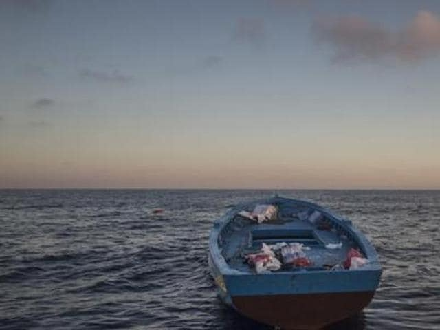 The International Organization for Migration says Spain received about 3,850 migrants via sea crossings and rescues in 2015.