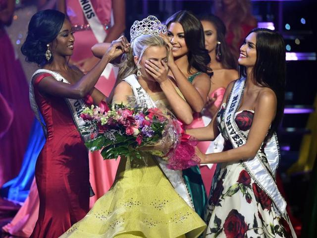 Miss Teen USA,Karlie Hay,Twitter
