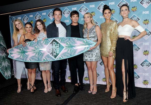 Teen Choice Awards 2016,Selena Gomez,Pretty Little Liars