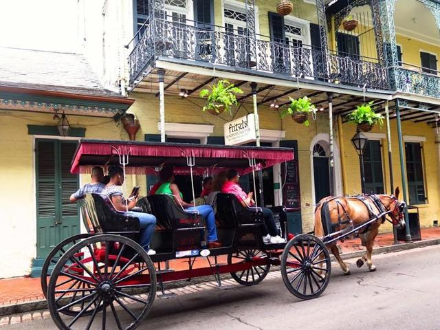 A horse carriage in the French Quarter.
