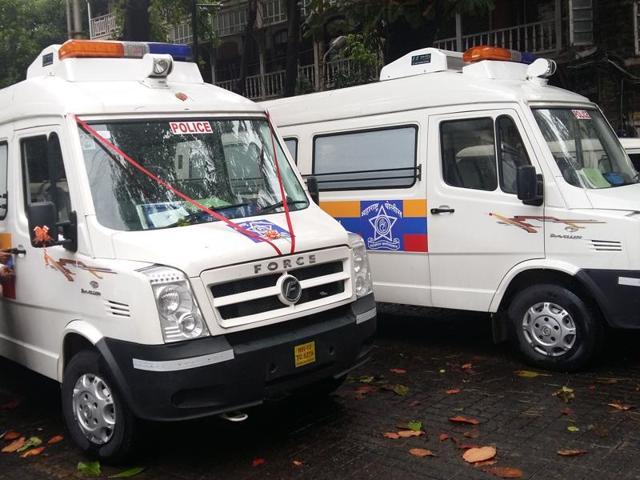 Maharashtra,Mumbai,Police vans