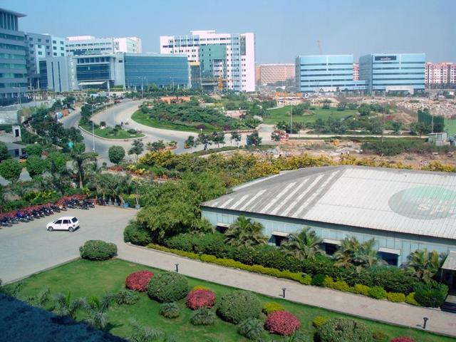 The 109-acre IT SEZ has state-of-the-art electronic surveillance system with over 150 high-definition CCTV cameras being monitored by a team of experts at a command and control centre in the main building of the Raheja corporate office.(Shutterstock)