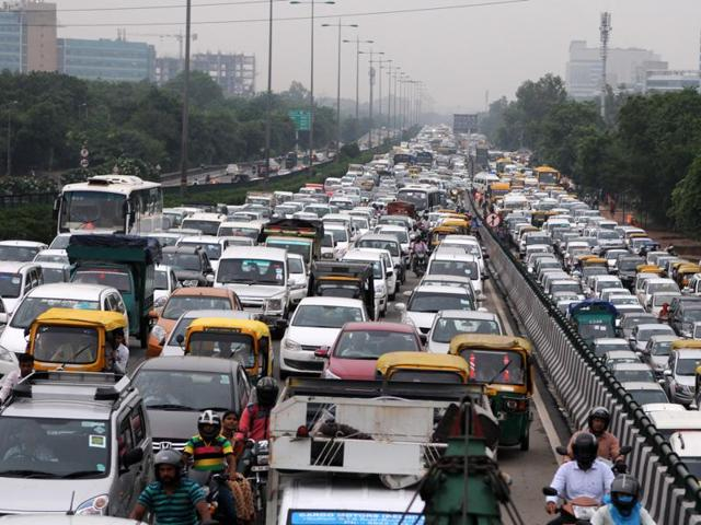 Heavy rains and Kanwar yatra resulted in long traffic jams in Gurgaon on Thursday.