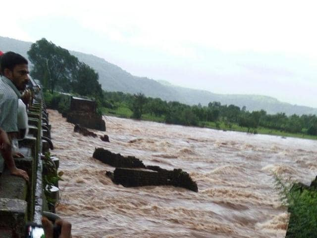 The river Savitri's catchment area in Mahabaleshwar received heavy rainfall leading to the river swelling.